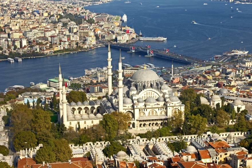 разходка в Истанбул и снимка на джамия